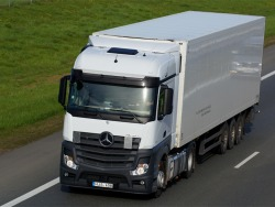 Reikalingi vairuotojai Europoje 6 savaičių kadencijai (nauji vilkikai) (4)