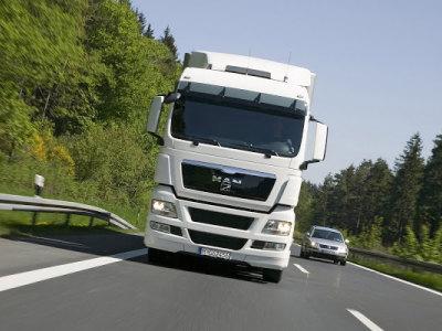 Siūlome darba tolimųjų reisų vairuotojams (1)