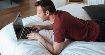 Darbas iš namų - populiarėjanti alternatyva mini